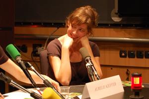 Raphaele Moussafir pendant la lecture