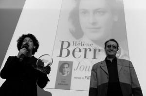 Valérie Levy-Soussan recoit le prix du meilleur livre audio Documents